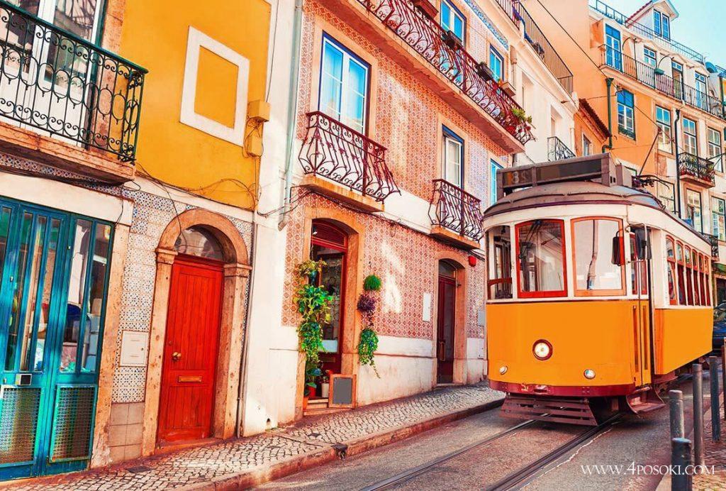 трамвай по улиците на Лисабон